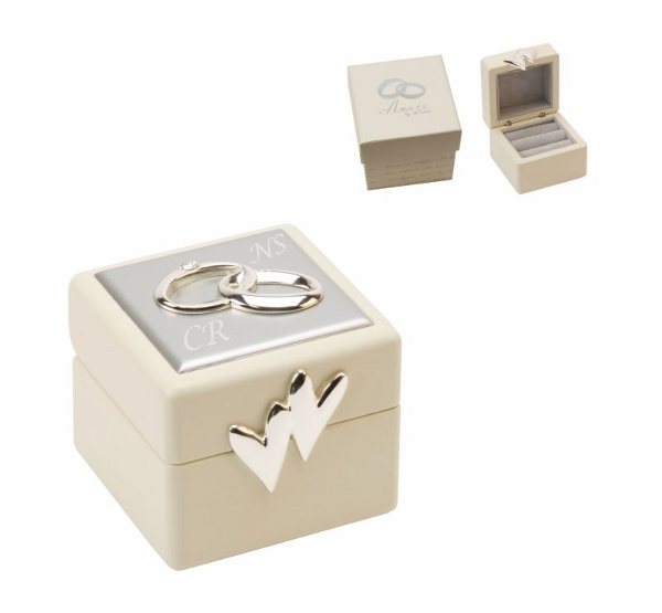 Engraved amore wedding ring box with gift box a1 for Cute engagement ring boxes