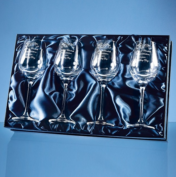 Set of 4 Engraved Wine Glasses with Swarovski Crystals
