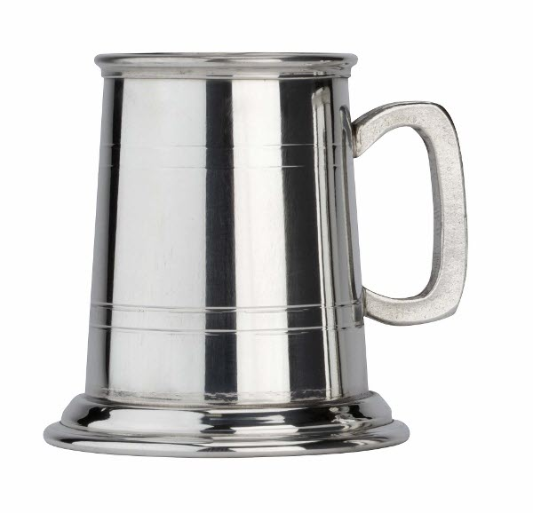 Engraved 1 Pint 2 Line Commodore Pewter Tankard
