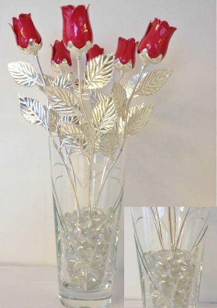 Engraved Set of 6 Red Roses and Vase Gift Set